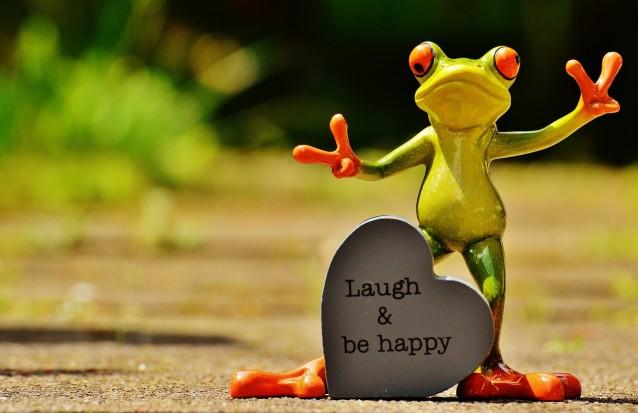 Lache und sei glücklich