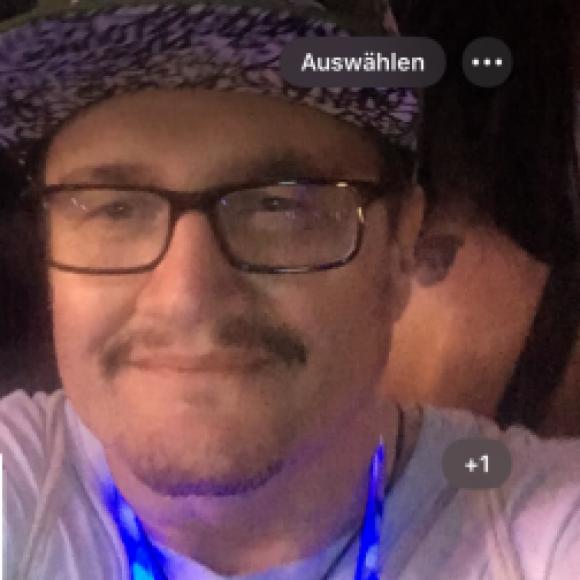 Profilbild von Angelo999Healer